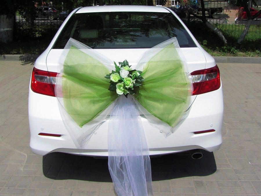 Как и из чего сделать свадебные украшения на авто